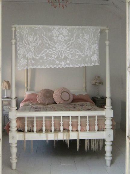 Arredamento shabby chic minimal foto - Camera da letto rosa antico ...