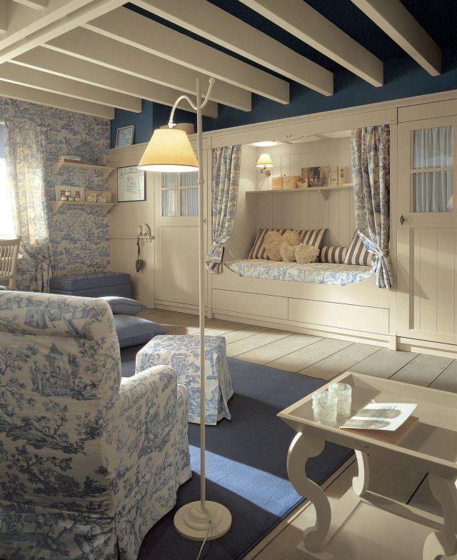 camerette romantiche per bambine idee facili da imitare. Black Bedroom Furniture Sets. Home Design Ideas