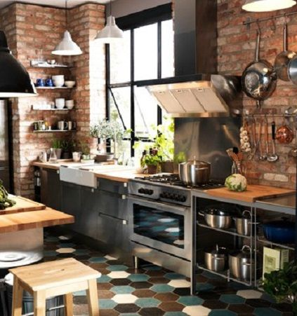 Cucina industriale chic super accessoriata arredamento for Arredamento industriale ikea