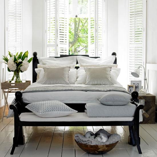 Camere shabby chic le 15 cose che non devono mancare for Camere da letto minimal chic
