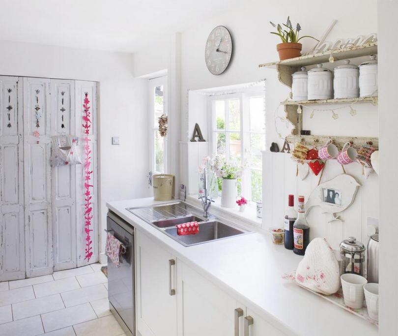 Cucina total white shabby elegante arredamento shabby - Cucina total white ...