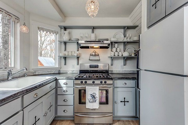 Cottage leipers fork cucina interno arredamento shabby for Piccolo cottage moderno