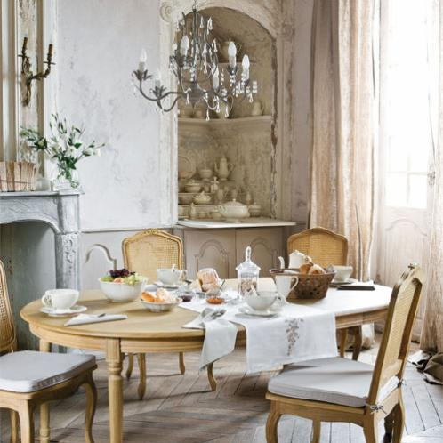 cucina maison du monde lampadario su tavola da pranzo