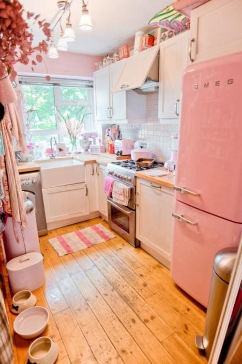 Arredamento Camera Da Letto Stretta E Lunga : Cucina pastello stretta e lunga arredamento shabby