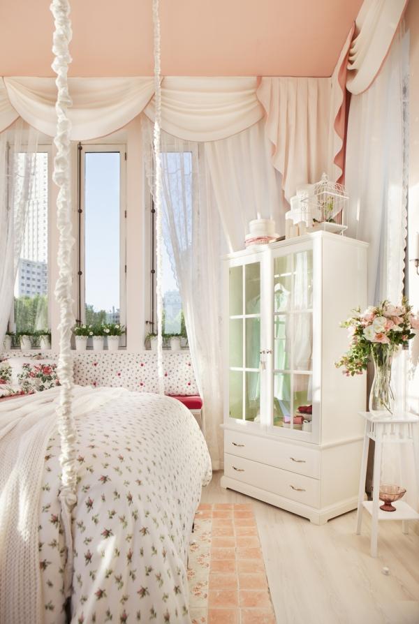 Arredi ikea in rosa e bianco ecco la casa da sogno shabby for Ikea tende