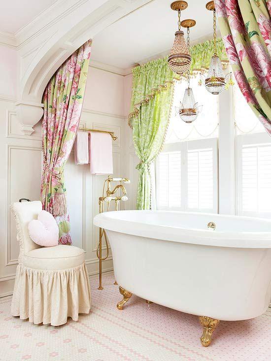vasche creativo bagno da Shabby : vasca con lampadari shabby - Arredamento Shabby