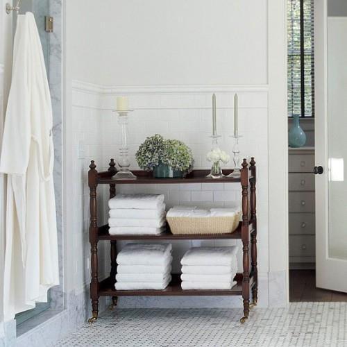 Tutti i segreti per realizzare un bagno shabby chic - Mobiletto shabby bagno ...
