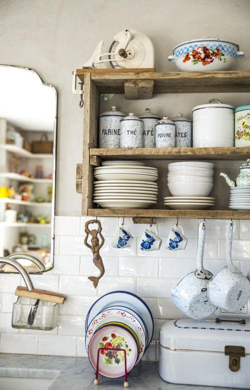 Segreti per arredare la tua cucina in stile shabby for Arredare la cucina