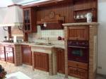 Cucina legno coloniale Di L'arte Mastro Geppetto