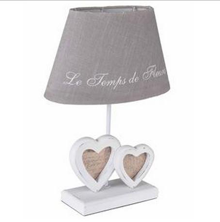 Lampade shabby chic idee originali per la tua casa foto - Lampada da comodino ikea ...