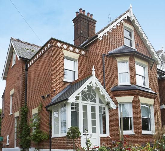 Casa vittoriana inglese in stile shabby chic foto for Case fabbricate in stile vittoriano
