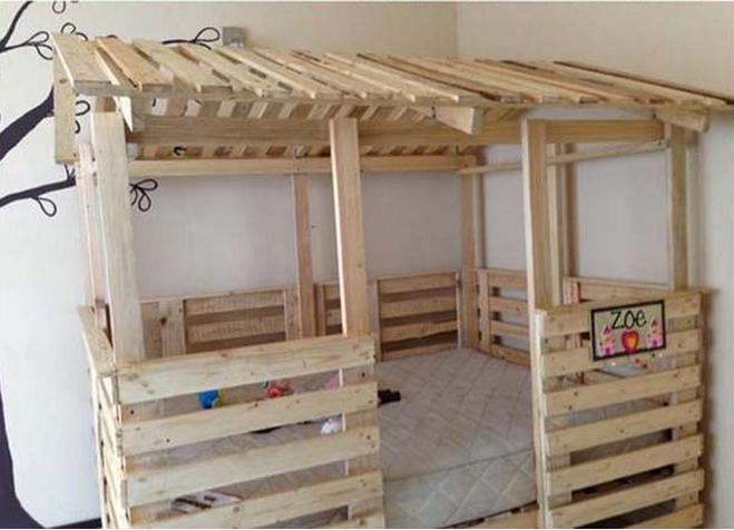 Riciclare pallet ecco come arredare la stanza dei tuoi - Costruire un letto a scomparsa ...
