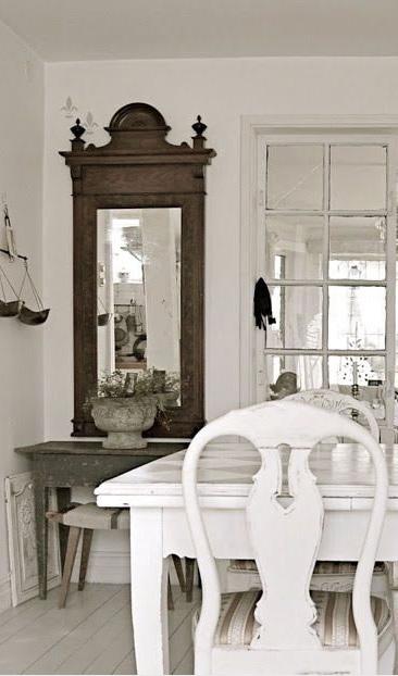 Specchio shabby chic guarda quelli pi adatti per la tua casa for Lo specchio scuro