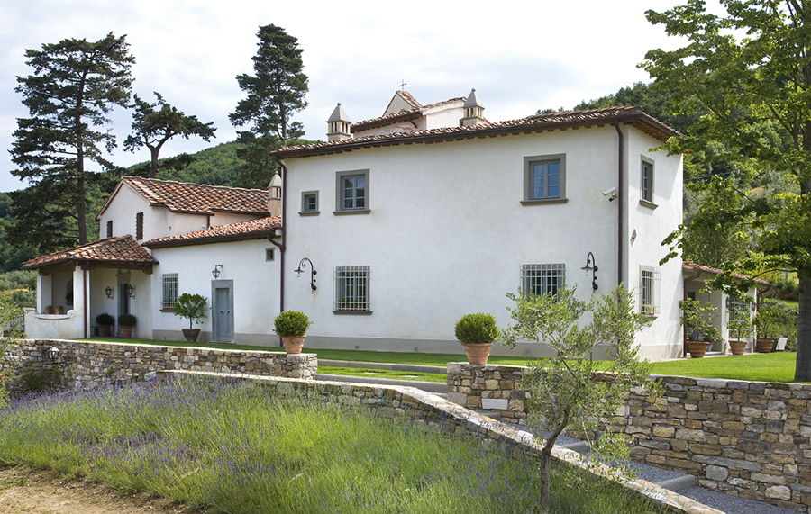 Casa provenzale in italia l 39 arredamento curato da lionetti for Opzioni di raccordo per l esterno della casa