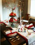 Tavola shabby rossa e bianca per Natale