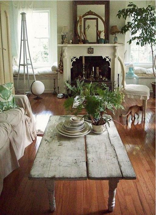 Tavolini shabby chic: come incantare i tuoi ospiti