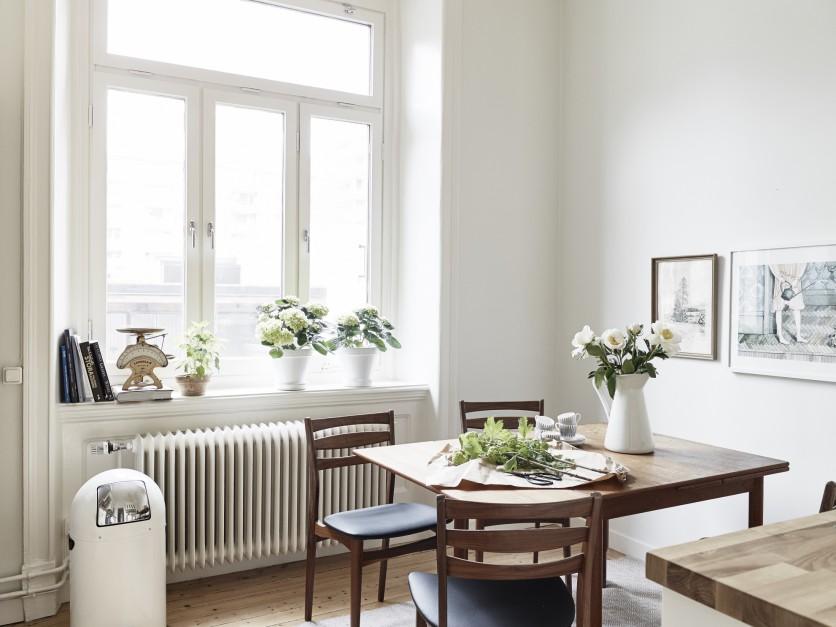 Case shabby chic ecco il total white in svezia for Interni casa classica