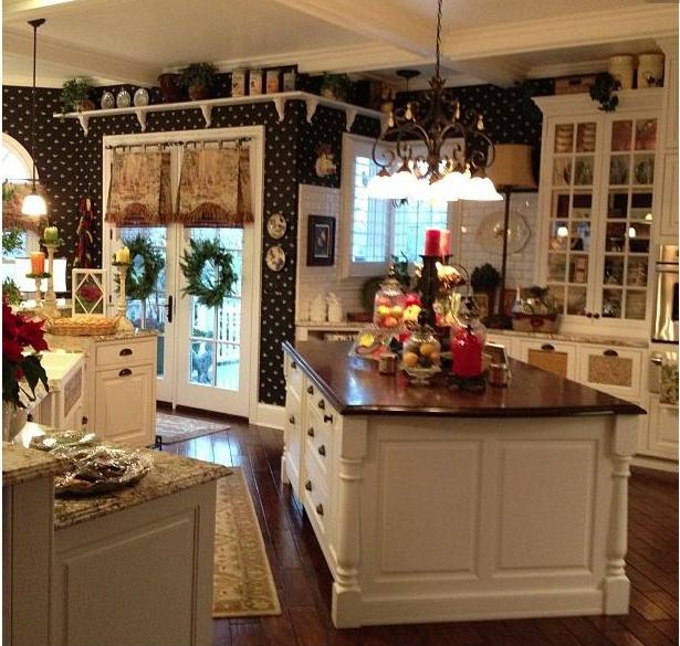 Abbinamento colori: ecco quelli adatti alla tua cucina shabby