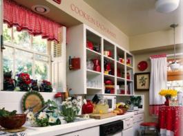 Abbinamento colori: cucina shabby bianca e rossa