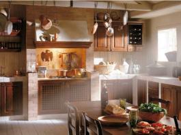 Cucina Russo in legno scuro