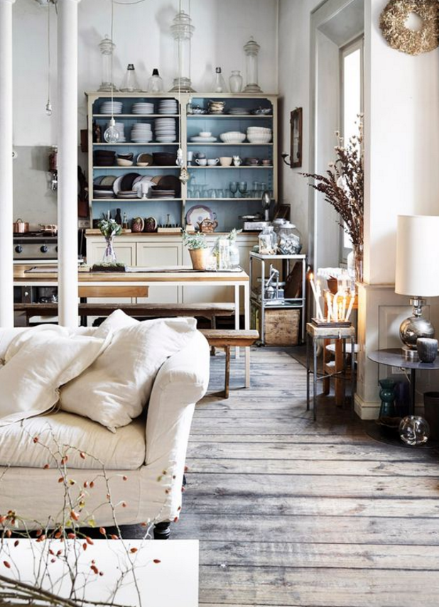 Anche per l 39 arredamento rustico elegante il fai da te l for Arredamento rustico casa