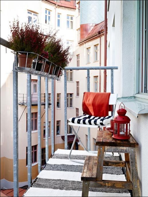 Come arredare un terrazzo piccolo ispirandoti allo shabby for Arredare un balcone