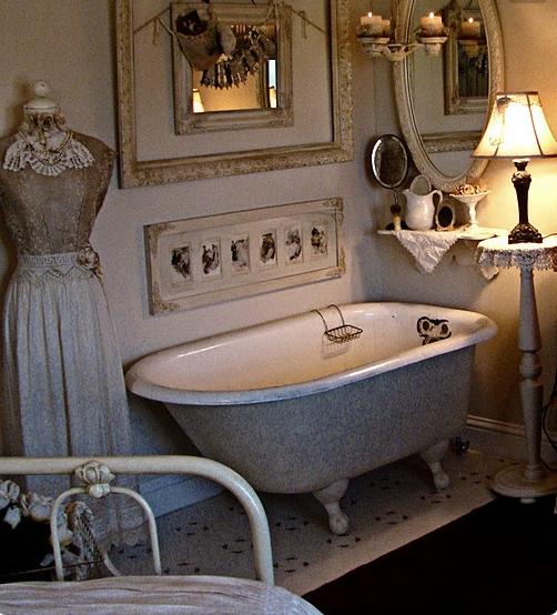 Guarda le immagini dei bagni da sogno in stile shabby