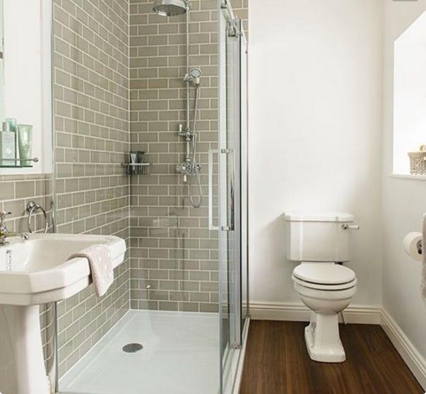 Con il bagno grigio chiaro gioca tantissimo con gli accessori - Bagno bianco e grigio ...