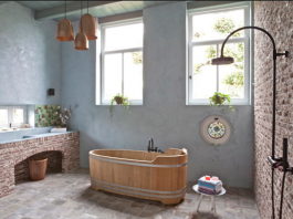Bagno in muratura vasca in legno