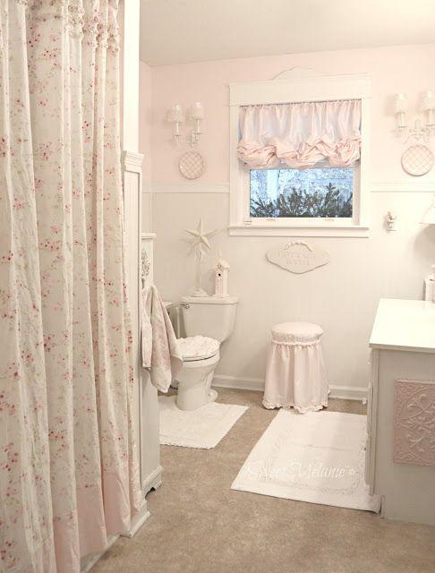 Come arredare un piccolo bagno in stile shabby consigli e - Rivestimento bagno shabby ...