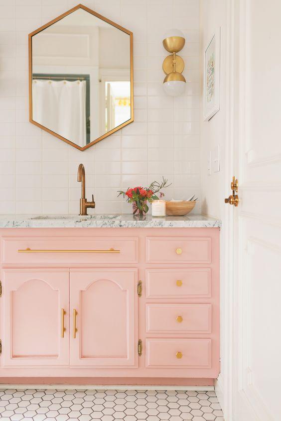 11 bagni in rosa: chi ama questo colore non può perderseli (FOTO)