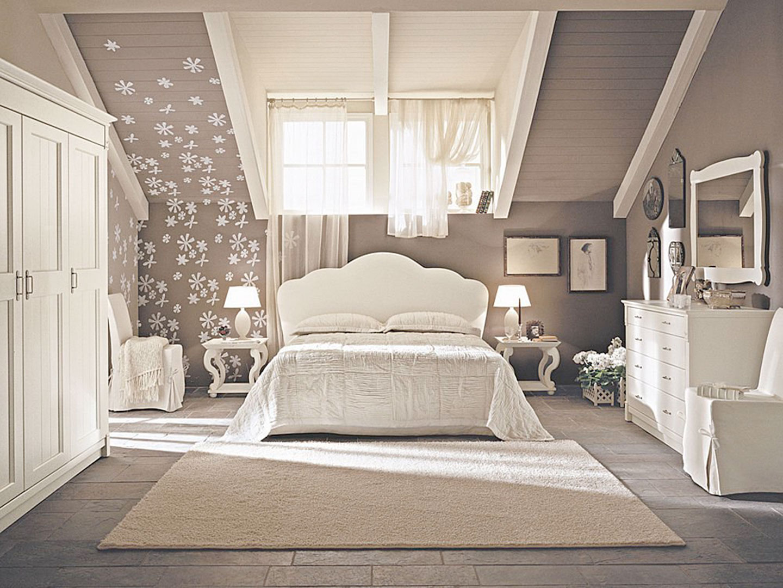 Consigli per arredare la tua camera da letto in stile for Divano letto shabby chic