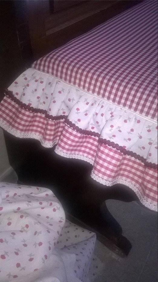 Come Confezionare Un Cuscino Per Sedia.Come Cucire I Cuscini Delle Sedie In Stile Country Chic