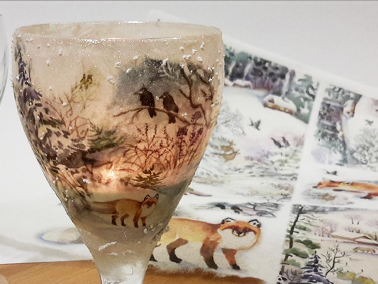 Come realizzare il decoupage su vetro con carta di riso