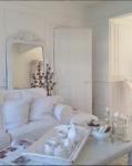living room white boiserie