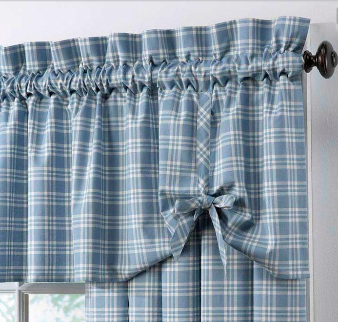 Mantovane country ecco di cosa hai bisogno per le tue tende for Quadretti ikea