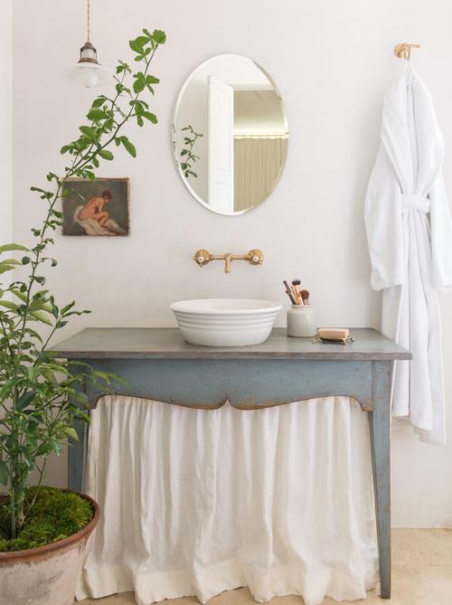 bagno con tendina azzurro
