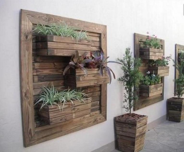Fioriere con bancali di legno df05 regardsdefemmes - Mobili fatti con bancali ...