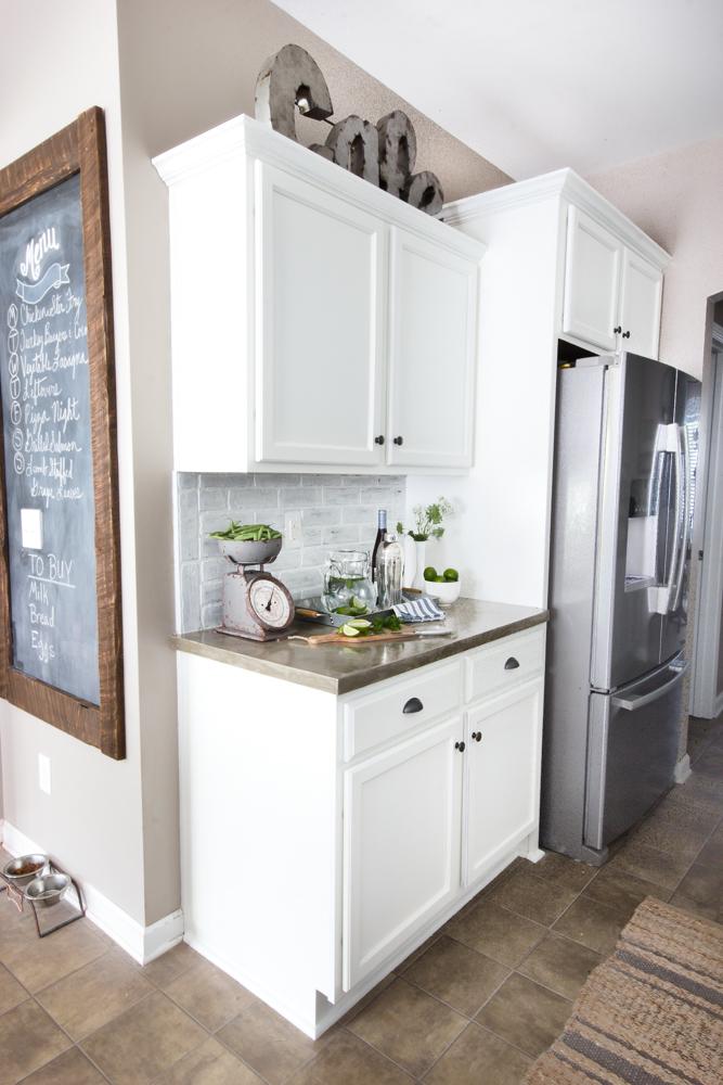 Incredibile trasformazione shabby della sua cucina ecco quanto ha speso lauren foto - Ikea bilancia cucina ...