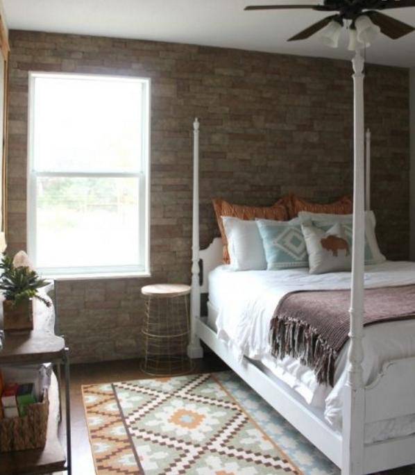 Consigli e idee per la parete in pietra per la camera da letto