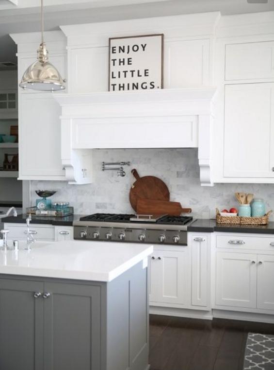 Scopri quali sono per i top in cucina i materiali più ricercati
