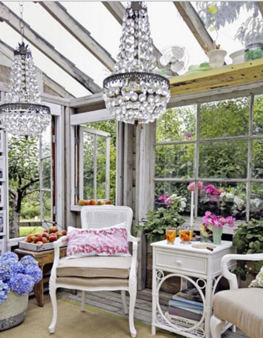 scegli una veranda in legno e vetro e arredala in stile shabby On veranda legno e vetro