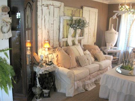 I consigli per arredare un piccolo salotto in stile shabby for Arredamento salotto