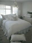 Camera da letto shabby chic total white