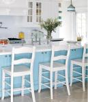 Cucina a vista con isola: azzurro
